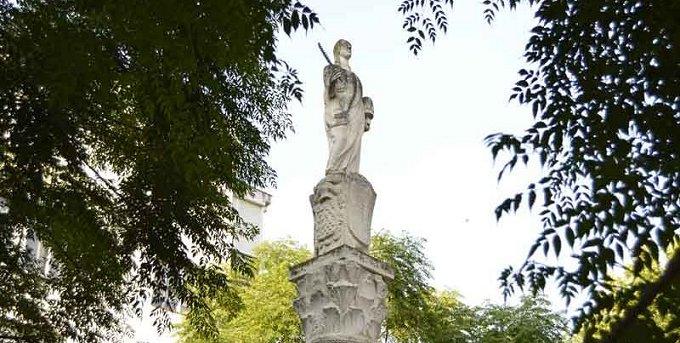 Obelisco de Santa Eulalia rec